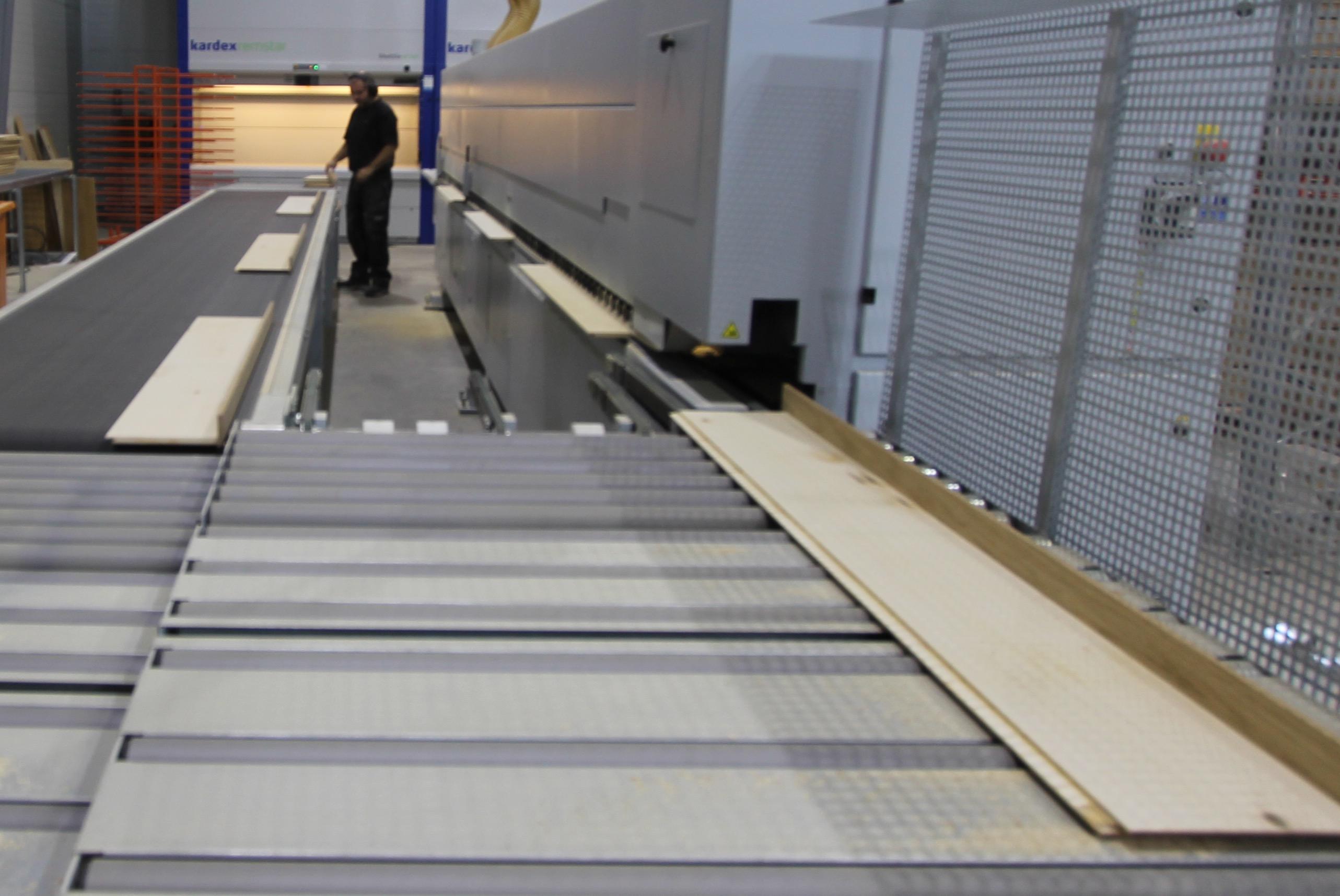 overflater til trappetrinn etter hver enkelt trapps presise spesialmål.
